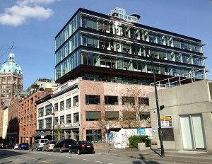 564 Beatty Street by Bruce Carscadden Architect Inc. & IBI Group Inc. Photo: Glen Stokes