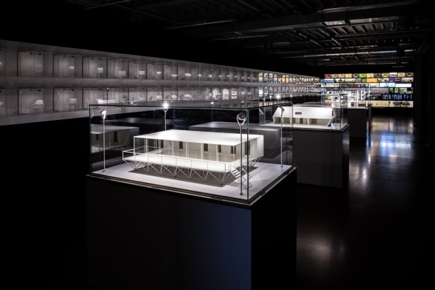 Travelling Exhibit: Dutch Design Supermodels Dec 15-Jan 11